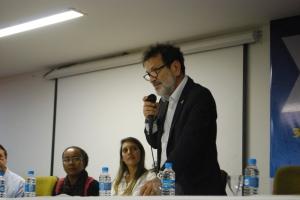Vice-reitor da UFBA, Paulo Miguez fez parte da cerimônia de abertura do 5º Encontro de Jovens Cientistas.